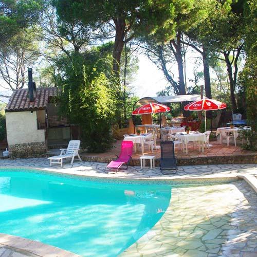 Gite avec piscine roquebrune sur argens dans le var villa et studio - Gite dans les landes avec piscine ...